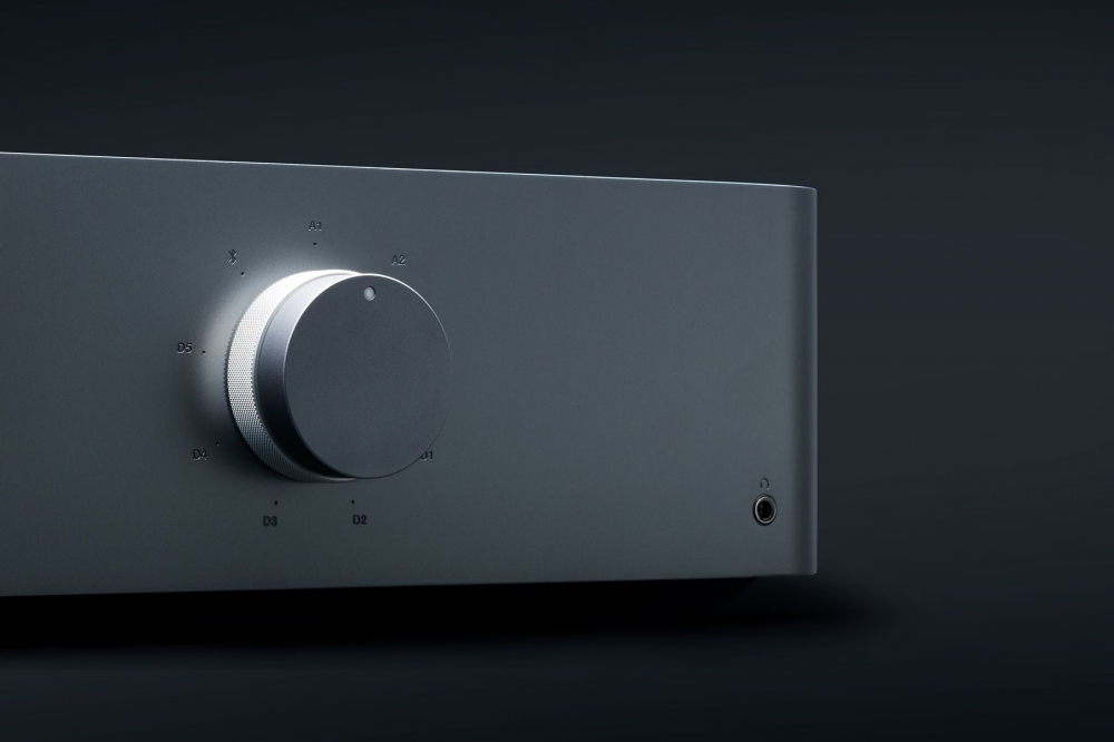 Cambridge Audio Edge A High End Integrated Amplifier